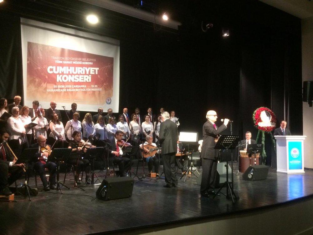Trabzon'da Cumhuriyet Konseri coşkusu