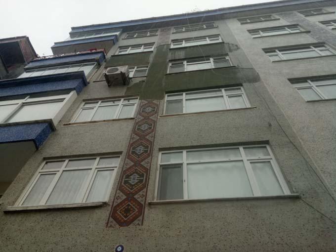 Rize'de bu bina tehlike saçıyor
