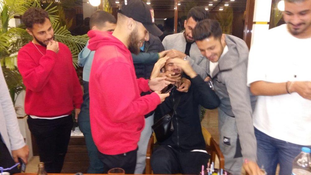 Ofsporlu oyuncuya sürpriz doğum günü