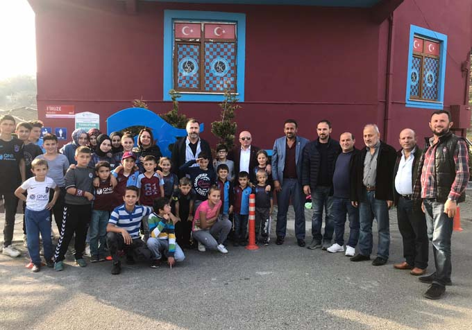 Trabzonspor yöneticileri o mahalleye gitti