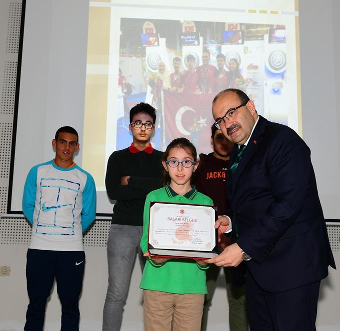 Trabzon'da öğrencilere ödül
