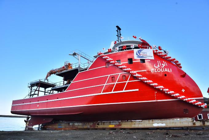 Trabzon'da üretilen balıkçı gemisi o ülkeye gönderildi