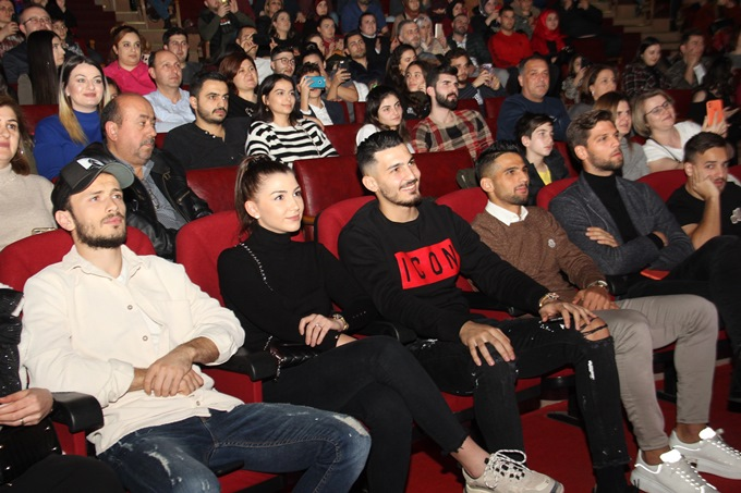 Tuğçe Kandemir'den Trabzon'da muhteşem konser