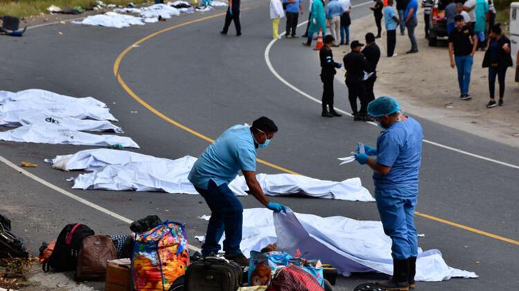 Katliam gibi kaza! 20 kişi hayatını kaybetti