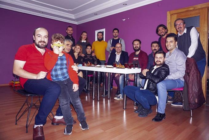 Trabzon Şehir Tiyatrosu perdelerini açıyor