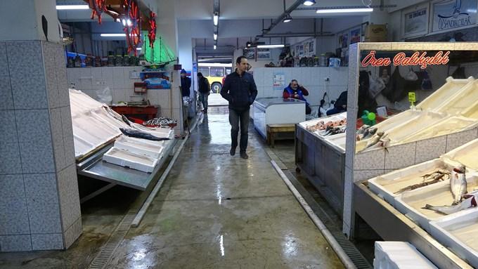Trabzon'da balıkçılar hamsiyi bekliyor