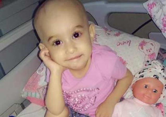 Beyninde tümör olan minik Nisa, ışın tedavisi bekliyor