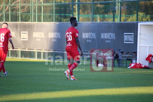 Trabzonspor - Partizan maçında Ekuban sürprizi