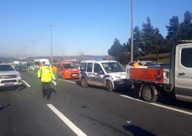 Ümraniye'de otobüsün çarptığı motosikletteki 2 kişi öldü
