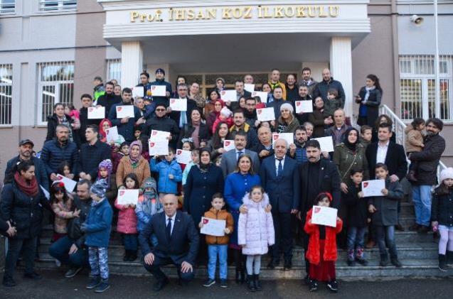 Trabzon'da öğrenciler karnelerini aldı