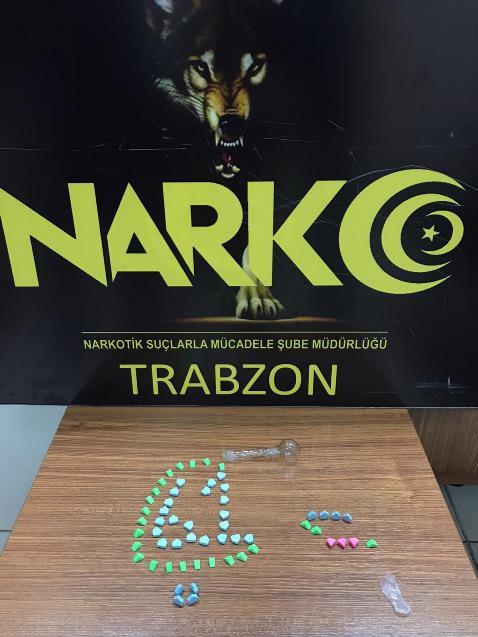 Trabzon'da uyuşturucu operasyonu - 9 kişi durduruldu