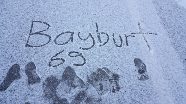 Bayburt'ta göl ve dereler dondu