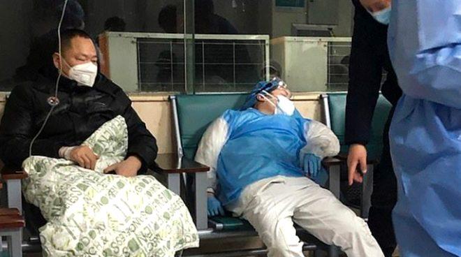 Yapımına yeni başlanan koronavirüs hastanesi 48 saatte tamamlandı