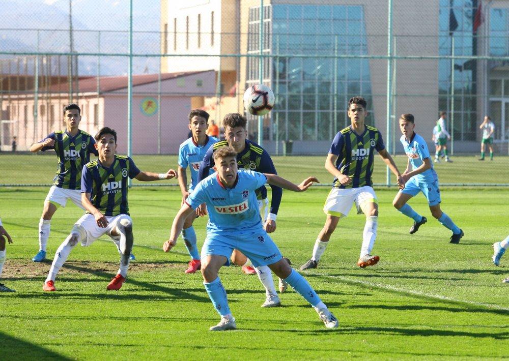 Trabzonspor Fenerbahçe maçlarında ilk galibiyet