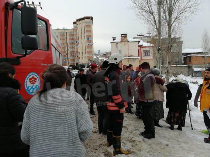 Trabzon'da trafolar patladı yangın çıktı! Yaralılar var