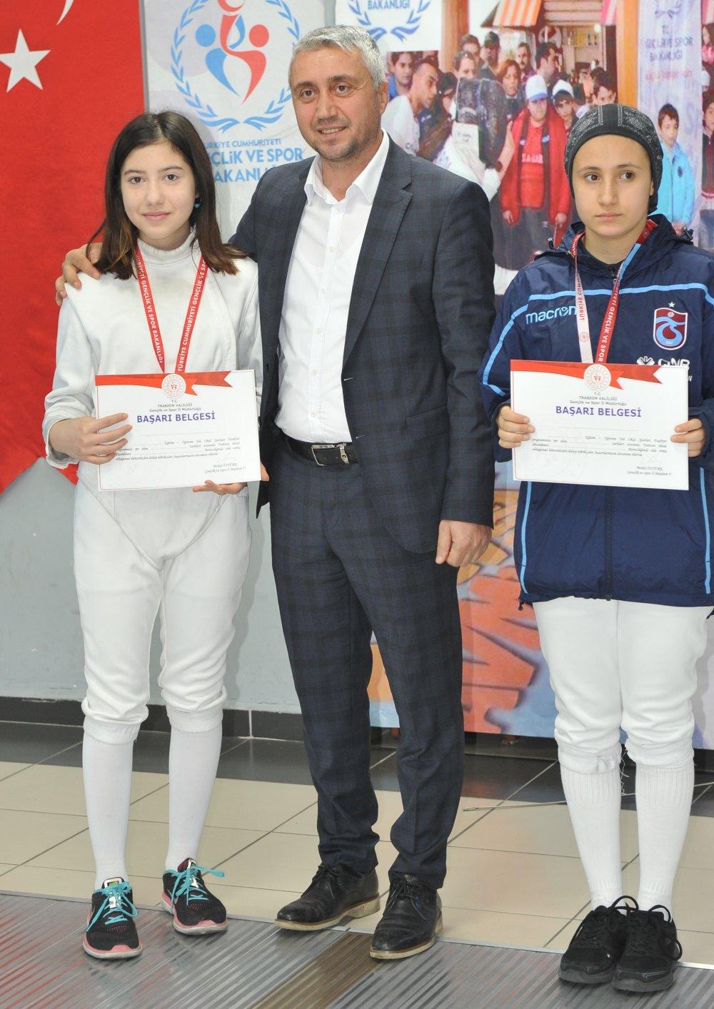 Trabzon'da Eskrim İl Birinciliği müsabakaları ilgi gördü