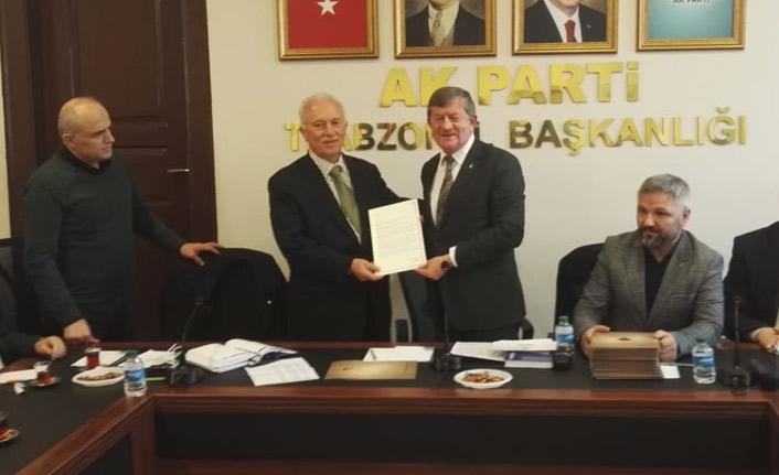 Erdoğan'dan eski ilçe başkanlarına mektup