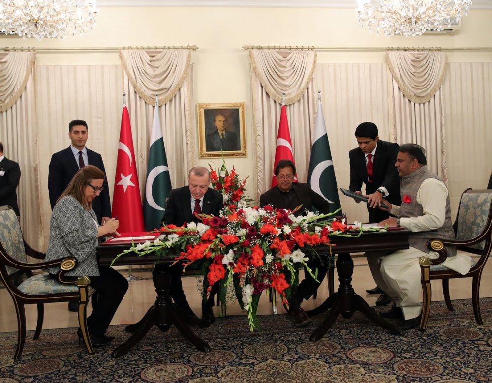 """Cumhurbaşkanı Erdoğan: """"Türkiye, Keşmir sorununun diyalog yoluyla çözülmesinden yanadır"""""""