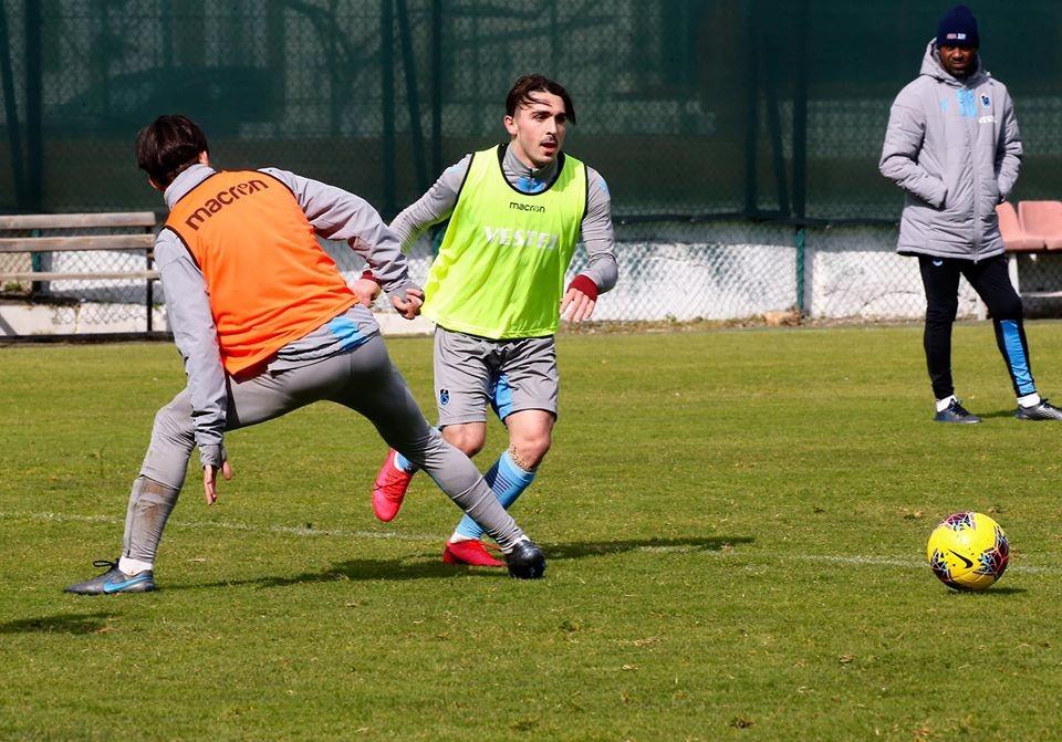 Trabzonspor'da futbolculara Abdülkadir Ömür uyarısı