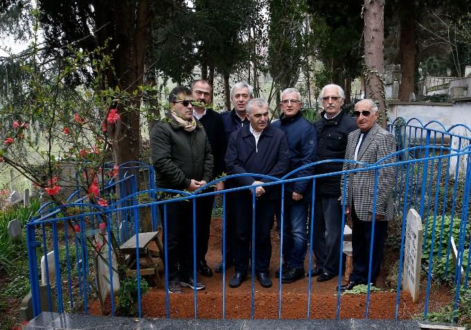 Cemil Usta mezarı başında anıldı