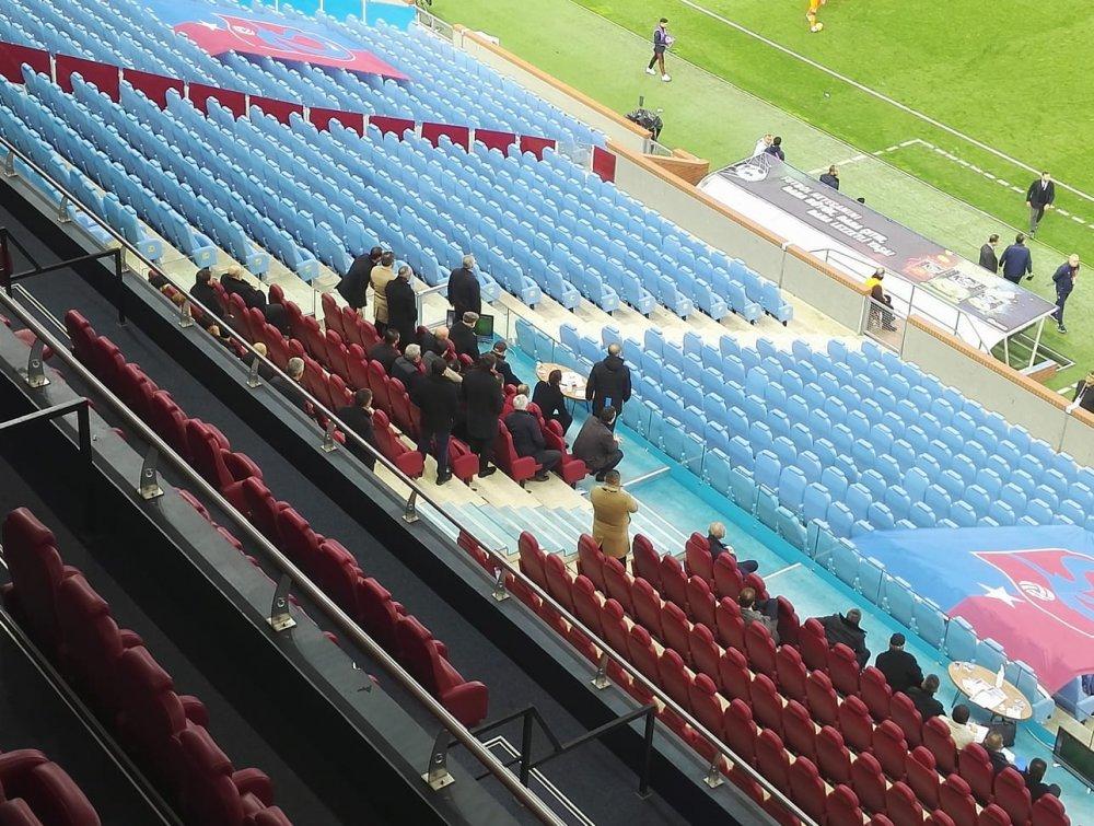 Trabzonspor'un taraftarı yoksa yönetimi var