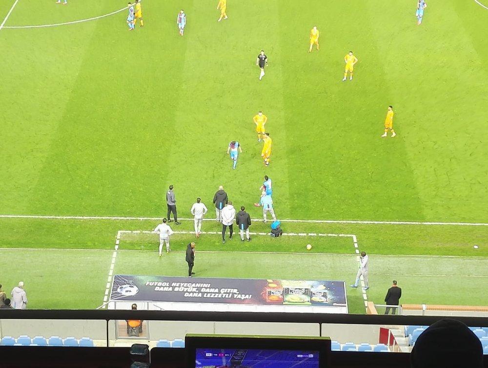 Trabzonspor'da Abdülkadir Şoku! Oyuna devam edemedi