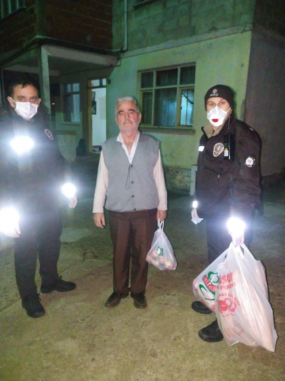 Polis ve bekçiler, yaşlıların ihtiyaçlarını karşıladı