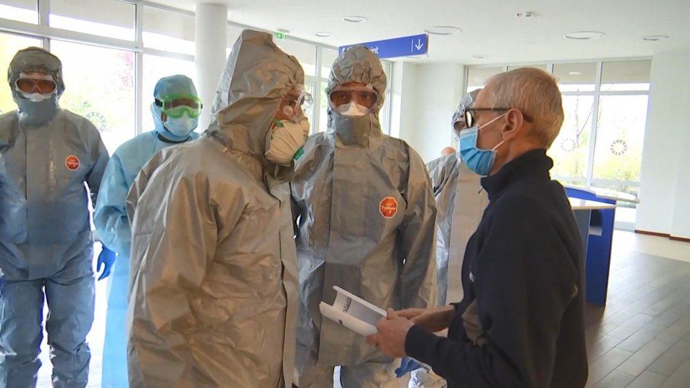 Rus ordusu İtalya'da! Koronavirüse karşı ortak mücadele
