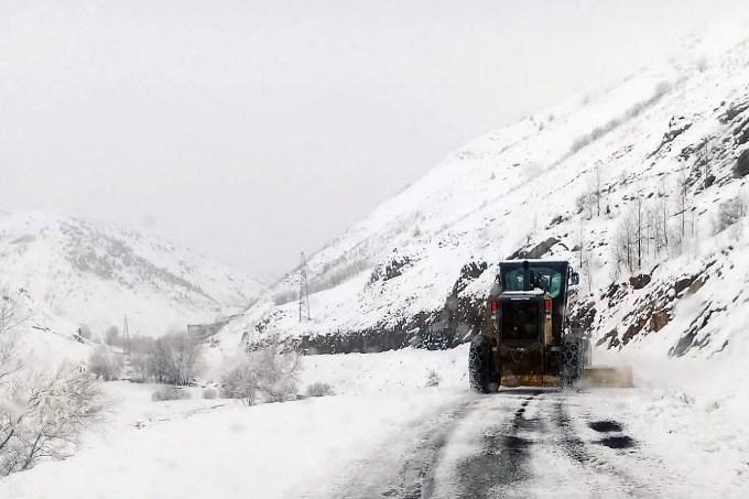 Gümüşhane'de karla mücadele çalışması