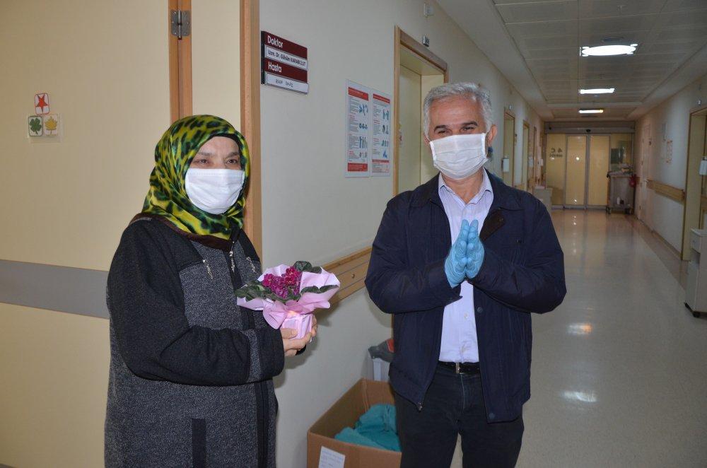 58 yaşındaki karı-koca koronavirüsü yendi