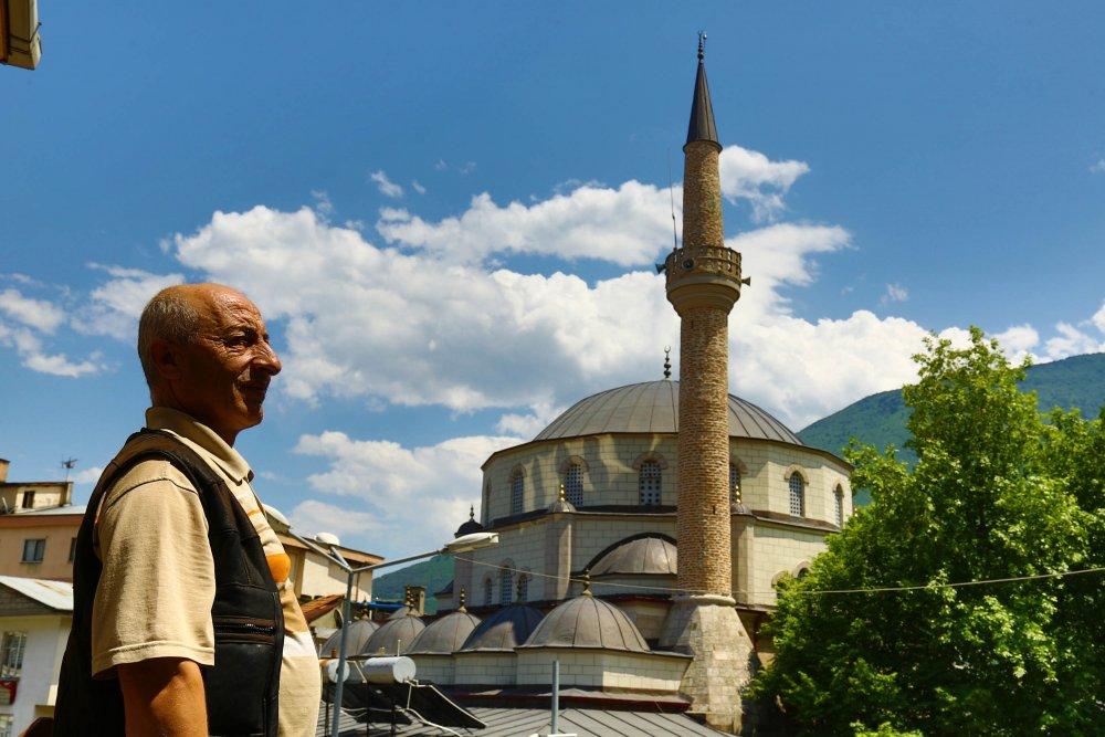 Tarihi caminin maketini yaptı, 'sadece imam eksik' dedi