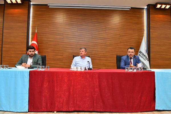 """Genç AK Partili gençlere hitap etti: """"Teşkilatımızın başını öne eğdirmeyeceğiz"""""""