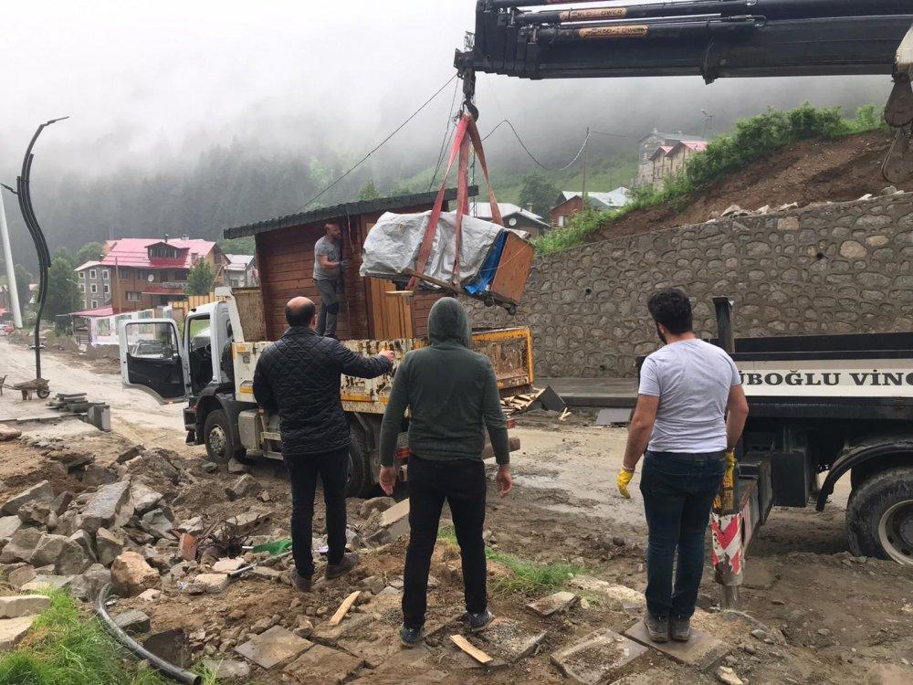 Ayder yaylasında yıkımlar sürüyor