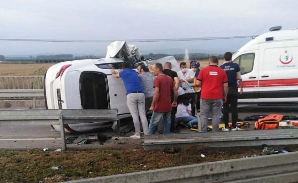 Karadeniz Sahil yolunda kaza: 5 Yaralı