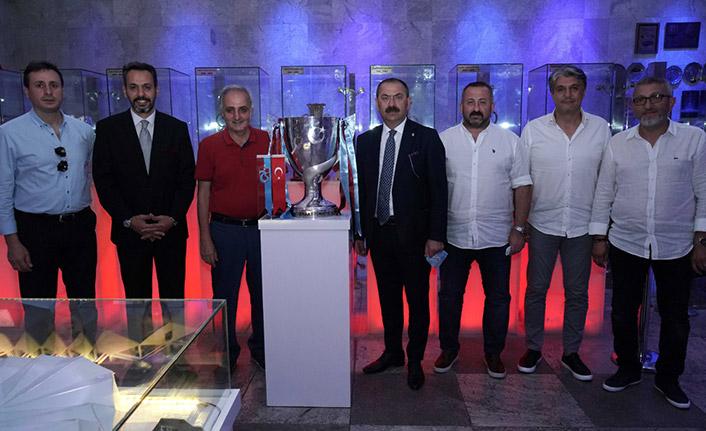 Trabzonspor'un kupası müzede