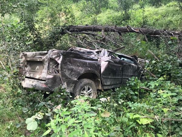 Giresun'da kamyonet devrildi: 1 ölü, 2 yaralı
