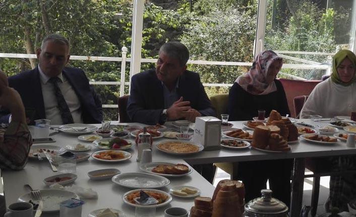 Gelecek Partisi Trabzon'da teşkilatlanma çalışmasına başladı