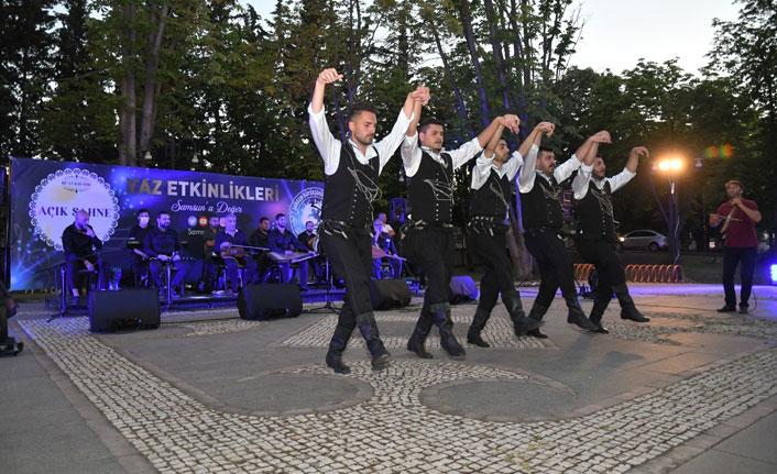 """""""Açık Sahne Halk Konseri"""" devam ediyor"""