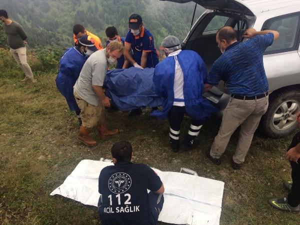 Trabzon'da otomobil bin metrelik uçuruma yuvarlandı: 1 Ölü
