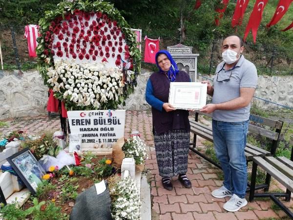 Şehit yakınlarından Eren Bülbül'ün ailesine ziyaret
