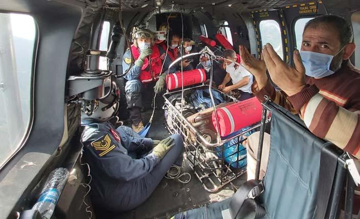 Askeri ekip Giresun'da yardıma koştu