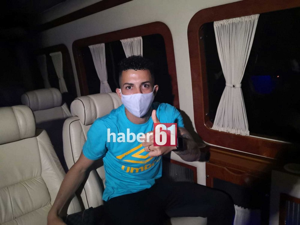 Trabzonspor'un yeni transferi Flavio Trabzon'da!