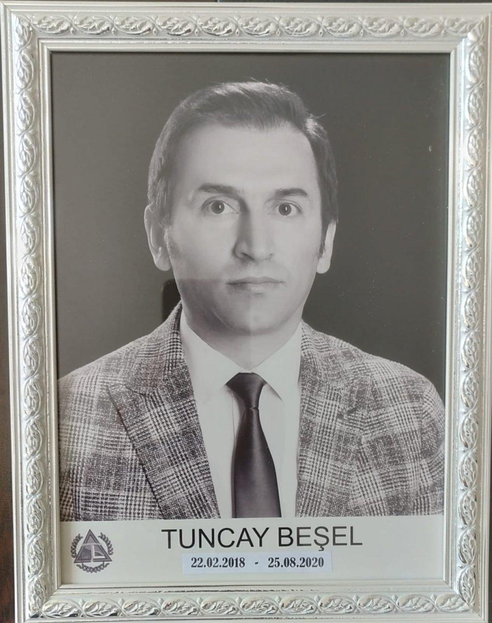 Trabzon Lisesi'ne eski müdüründen önemli destek