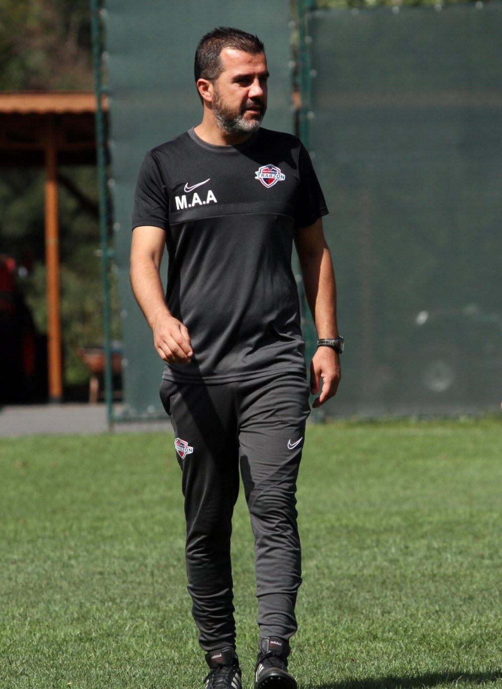 """Mustafa Alper Avcı: """"Ligin en güçlü takımı olacağız"""""""