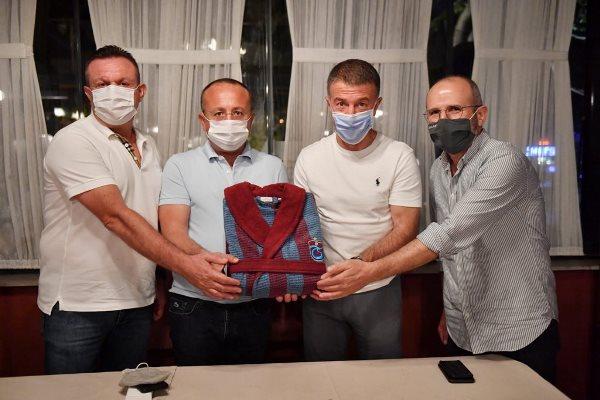 Denizlispor – Trabzonspor maçı öncesi dostluk yemeği