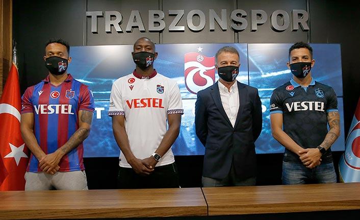 Trabzonspor'da yeni transferler için tören düzenlendi
