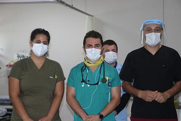 Trabzon'da hastanede görevli doktor ilginç anısını anlattı! İncir ağacından düştü kovid olduğunu öğrendi
