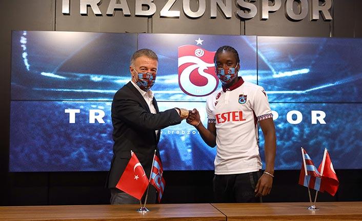 Trabzonspor'da Diabate imzayı attı