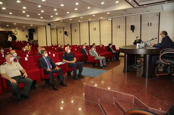 Trabzon İl Pandemi Kurulu toplandı! Okullarda alınacak tedbirler konuşuldu
