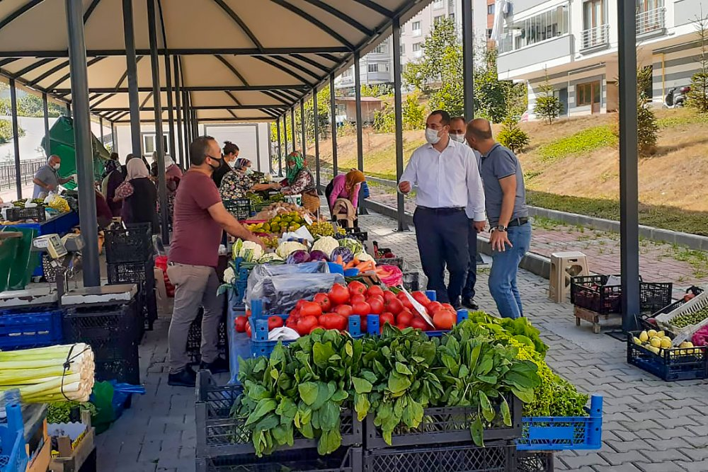 Trabzon'da iki mahalleye kapalı pazar yeri